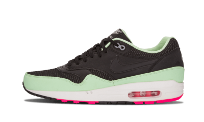 Yeezy Air Max 1 FB